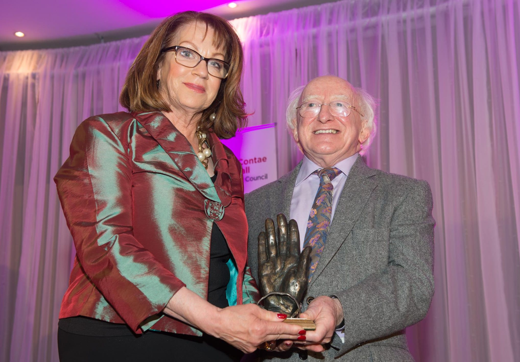 Therese Murray receiving the Tip O' Neill Irish Diaspora Award from President Michael D. Higgins